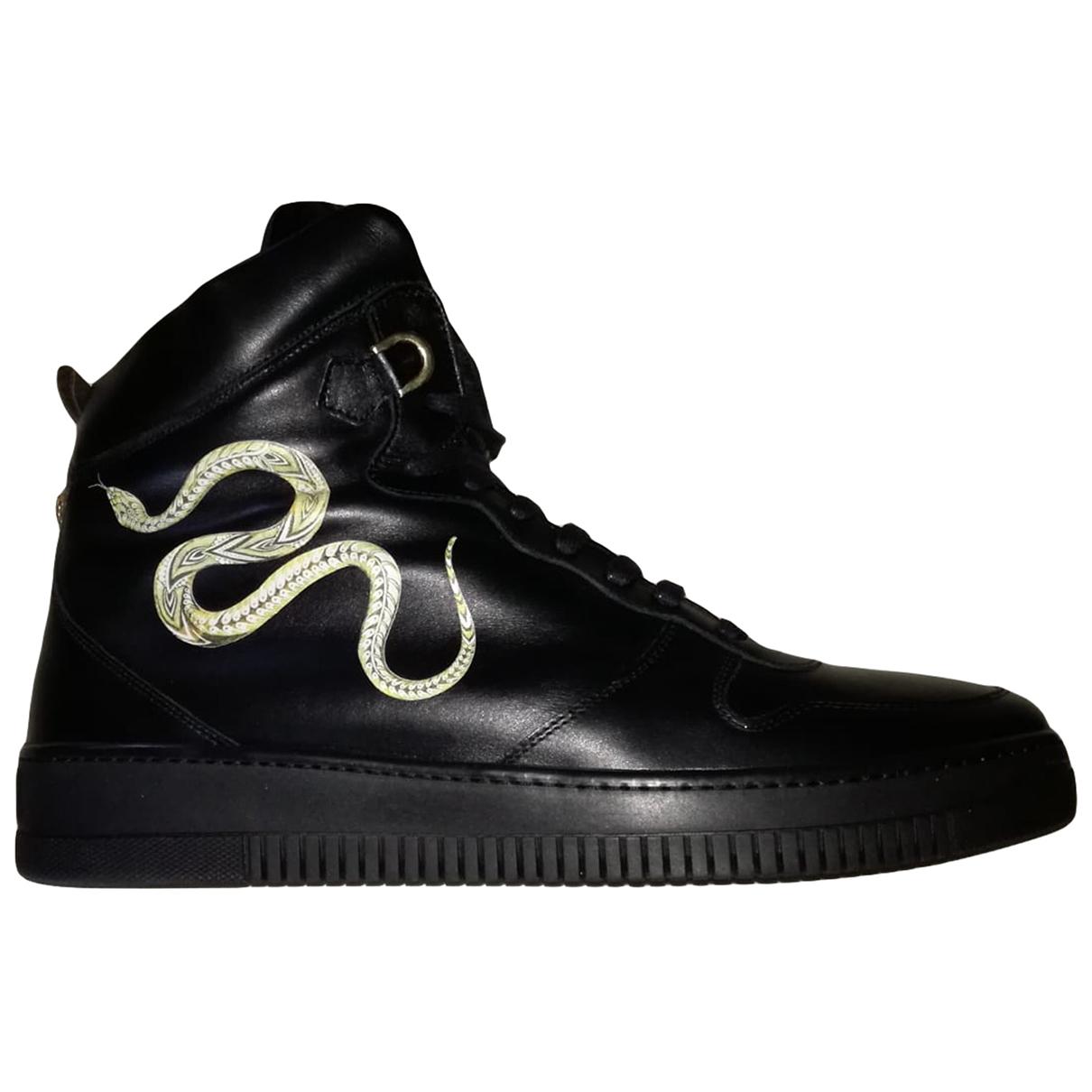 Roberto Cavalli \N Black Leather Flats for Men 45 EU