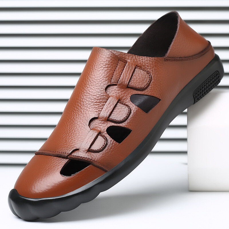 Men Closed Toe Hand Stitching Soft Leather Sandals