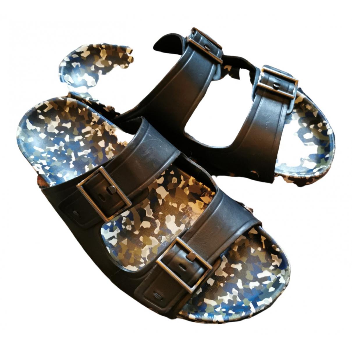 Fendi \N Black Leather Sandals for Men 42 EU
