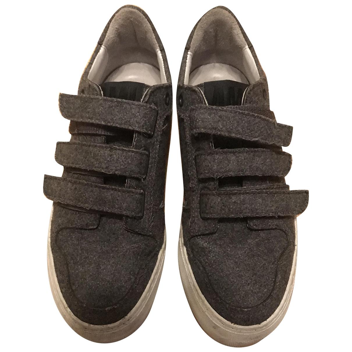 Ami - Baskets   pour femme en cuir - gris