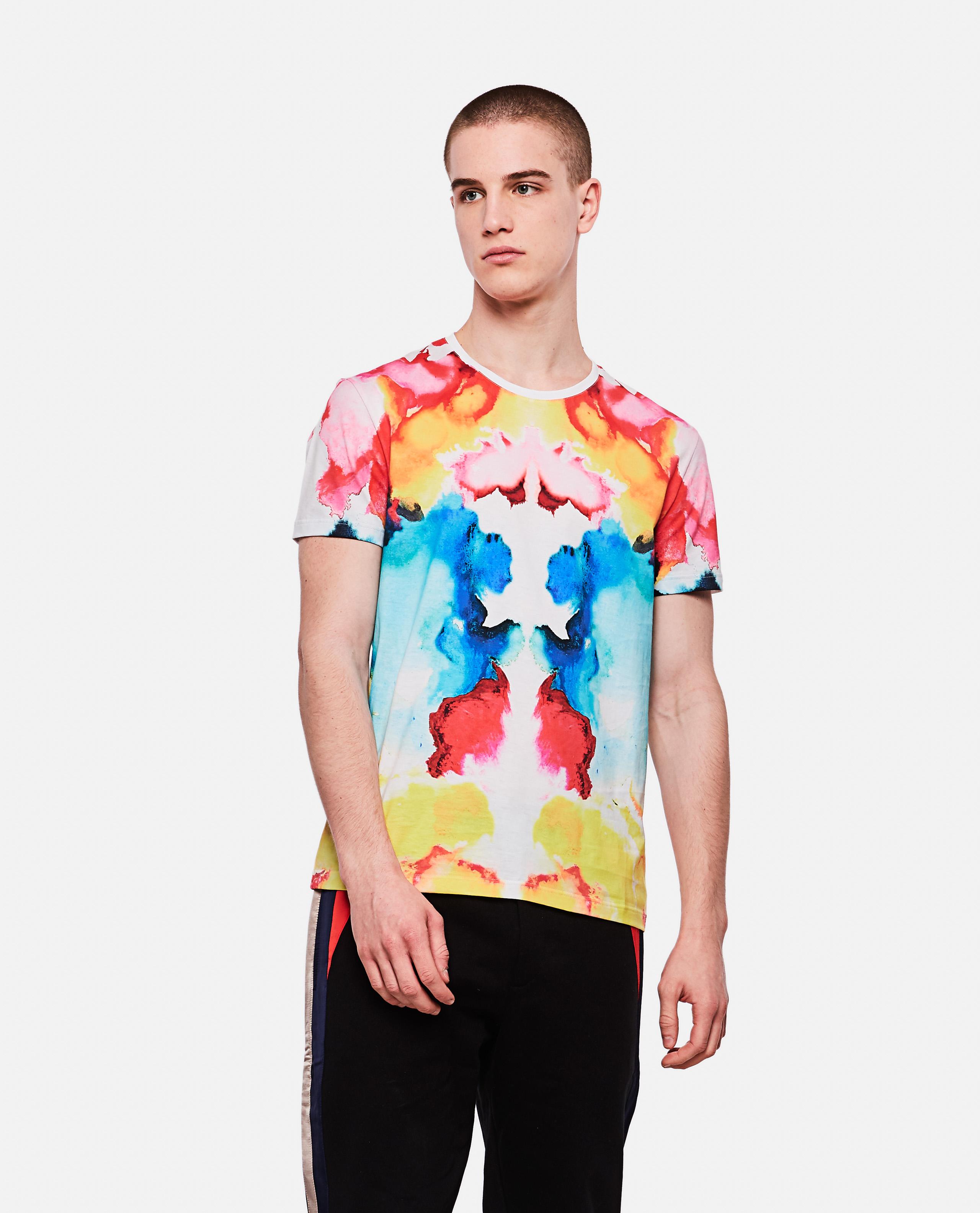 T-shirt with tie dye pattern