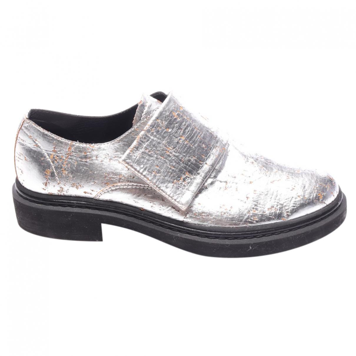 Alexander Mcqueen \N Metallic Leather Flats for Women 39 EU
