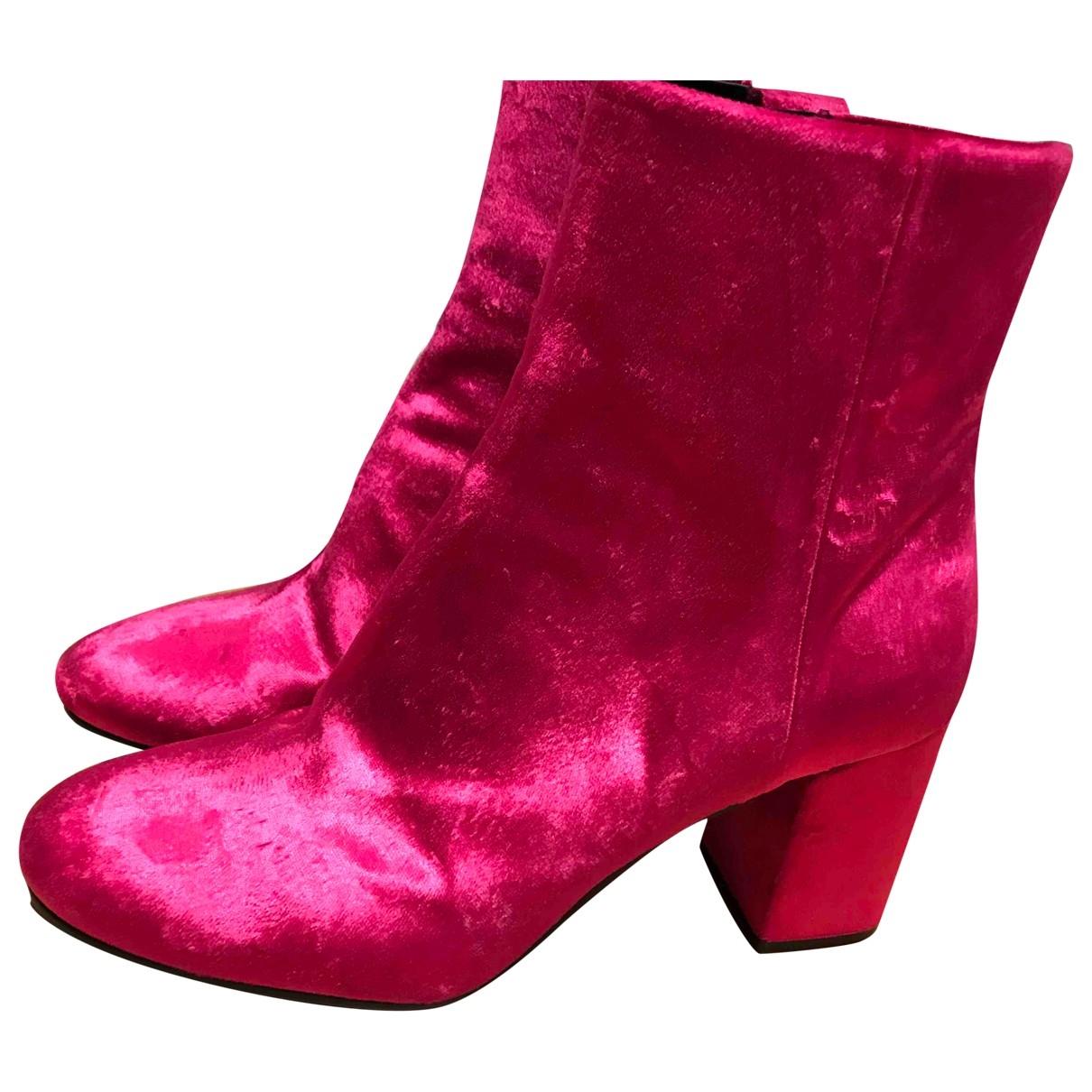 Balenciaga \N Stiefel in  Rosa Samt
