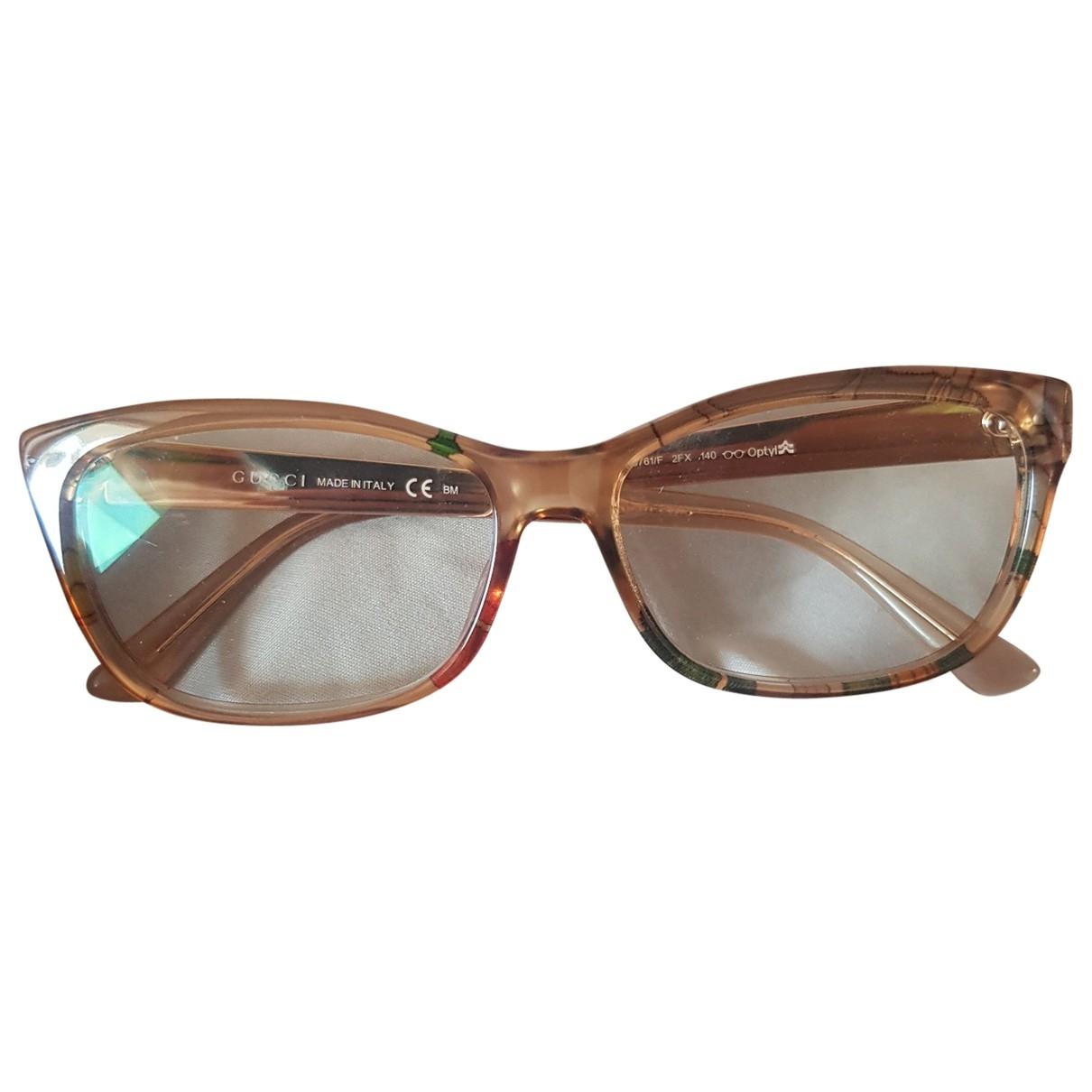 Gucci \N Sonnenbrillen in  Beige Kunststoff
