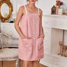 Cami Kleid mit Taschen Flicken und Perlen