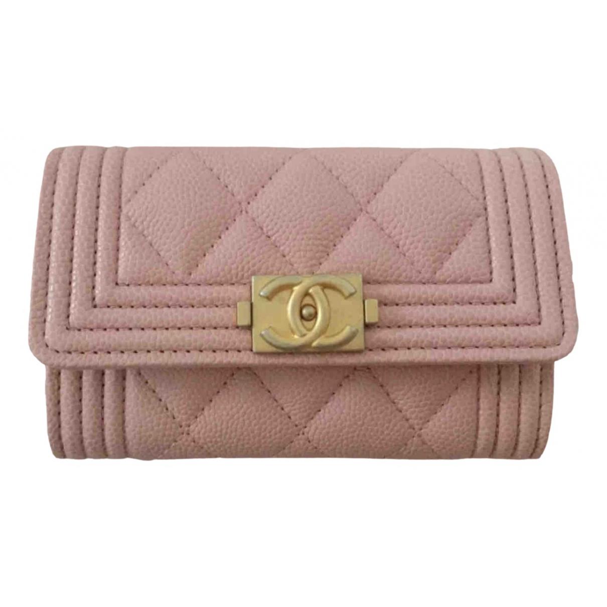 Chanel - Petite maroquinerie Boy pour femme en cuir - rose