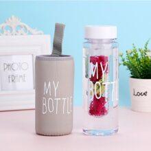 Filterflasche mit Buchstaben Grafik und Tasche