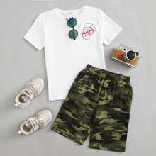 T-Shirt mit Buchstaben Grafik & Shorts mit Camo Muster Set