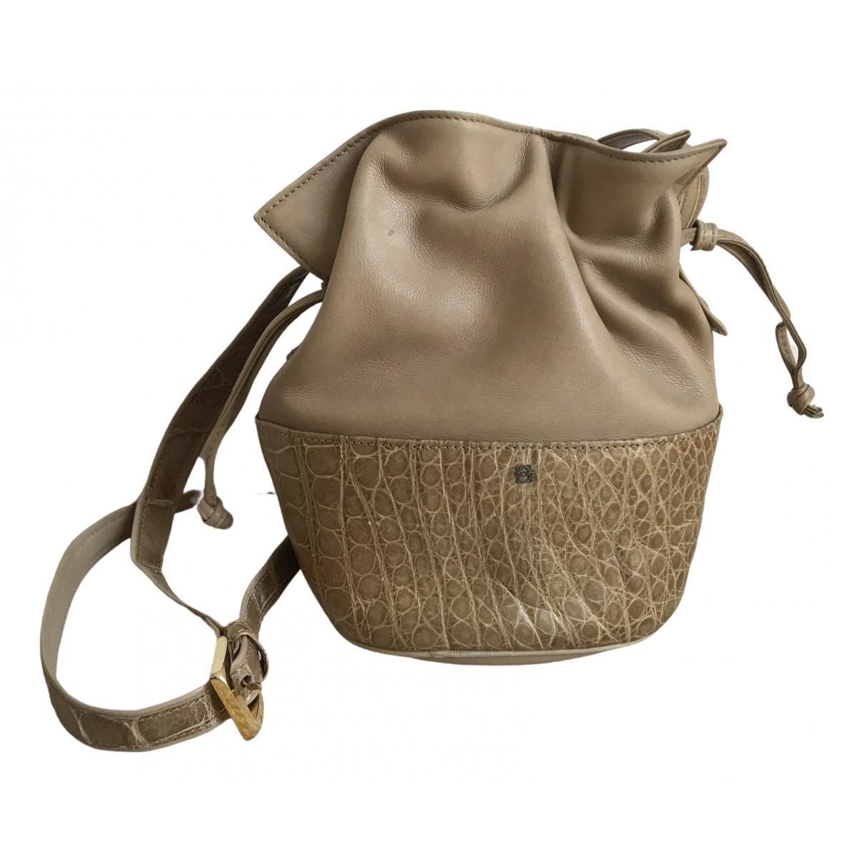 Loewe Balloon Handtasche in  Beige Leder