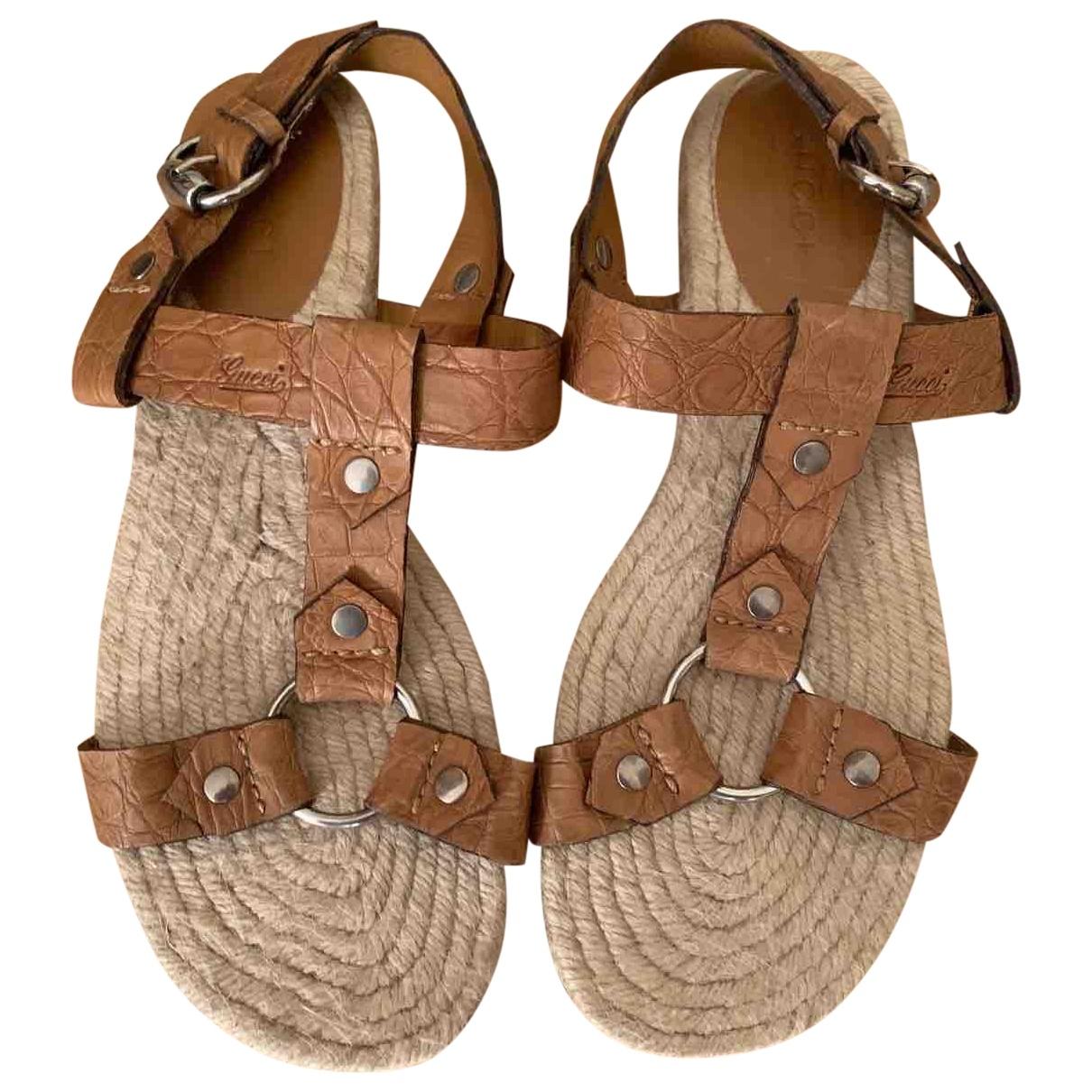 Gucci \N Beige Crocodile Sandals for Men 44 EU