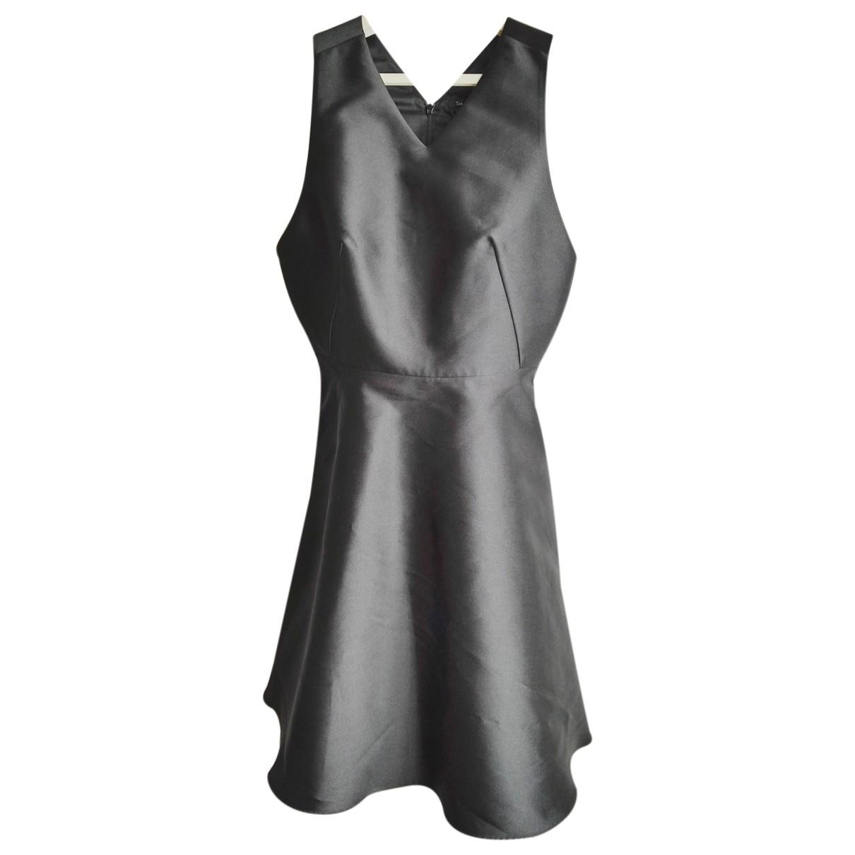 Tara Jarmon \N Kleid in  Schwarz Seide