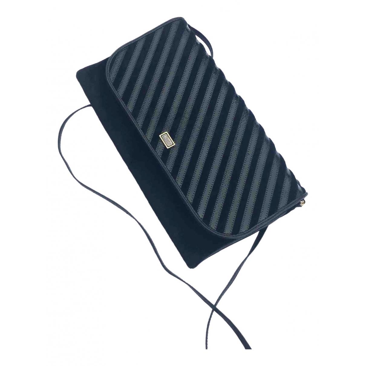 Non Signé / Unsigned \N Black Velvet Clutch bag for Women \N