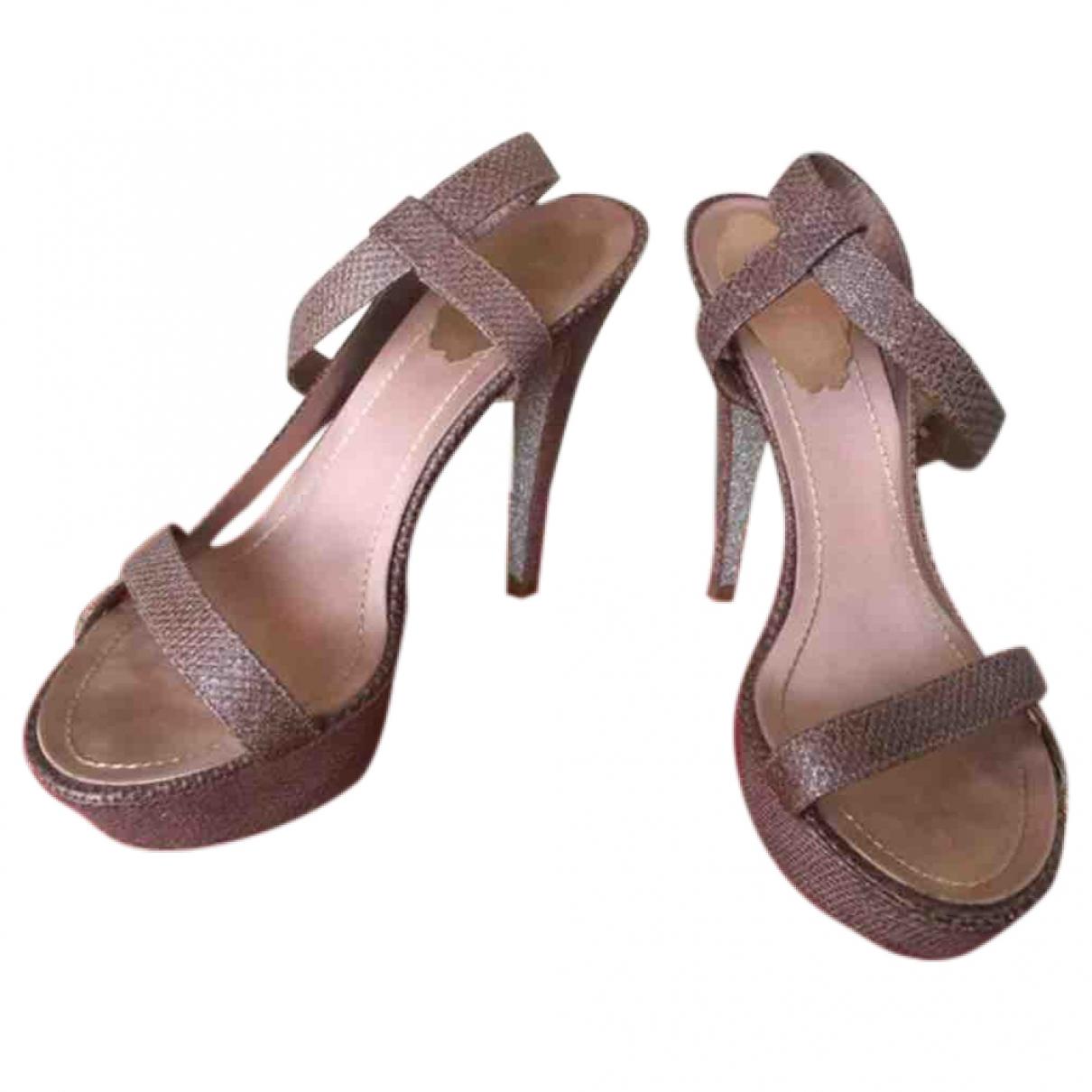 Sandalias de Cuero Rene Caovilla