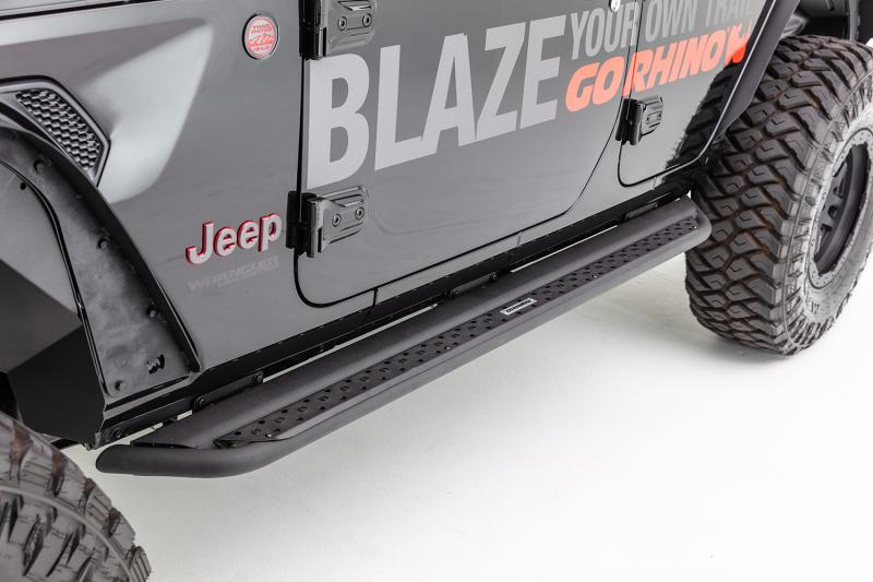 Go Rhino DSS4306T Dominator DSS Sliders w/ Optional Full Length Step, Black Powdercoat Finish Ram 1500 2019-2020