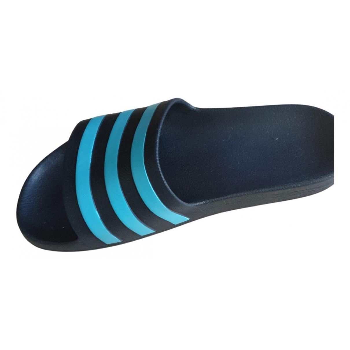 Adidas - Sandales Adilette  pour homme en caoutchouc - bleu