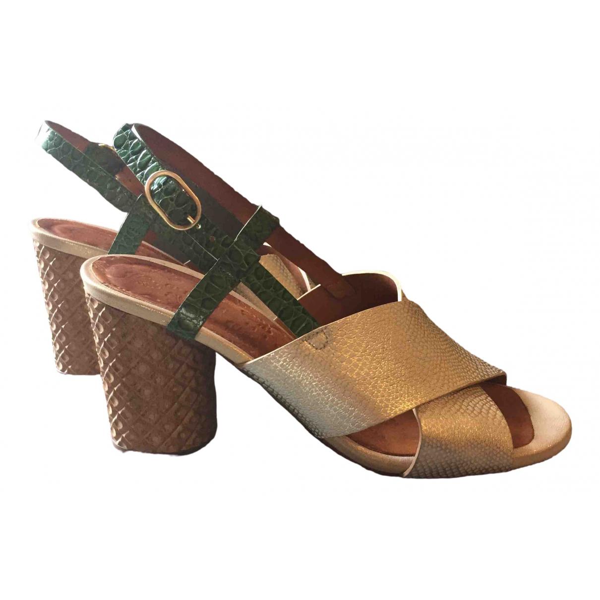 Sandalias romanas de Cuero Chie Mihara