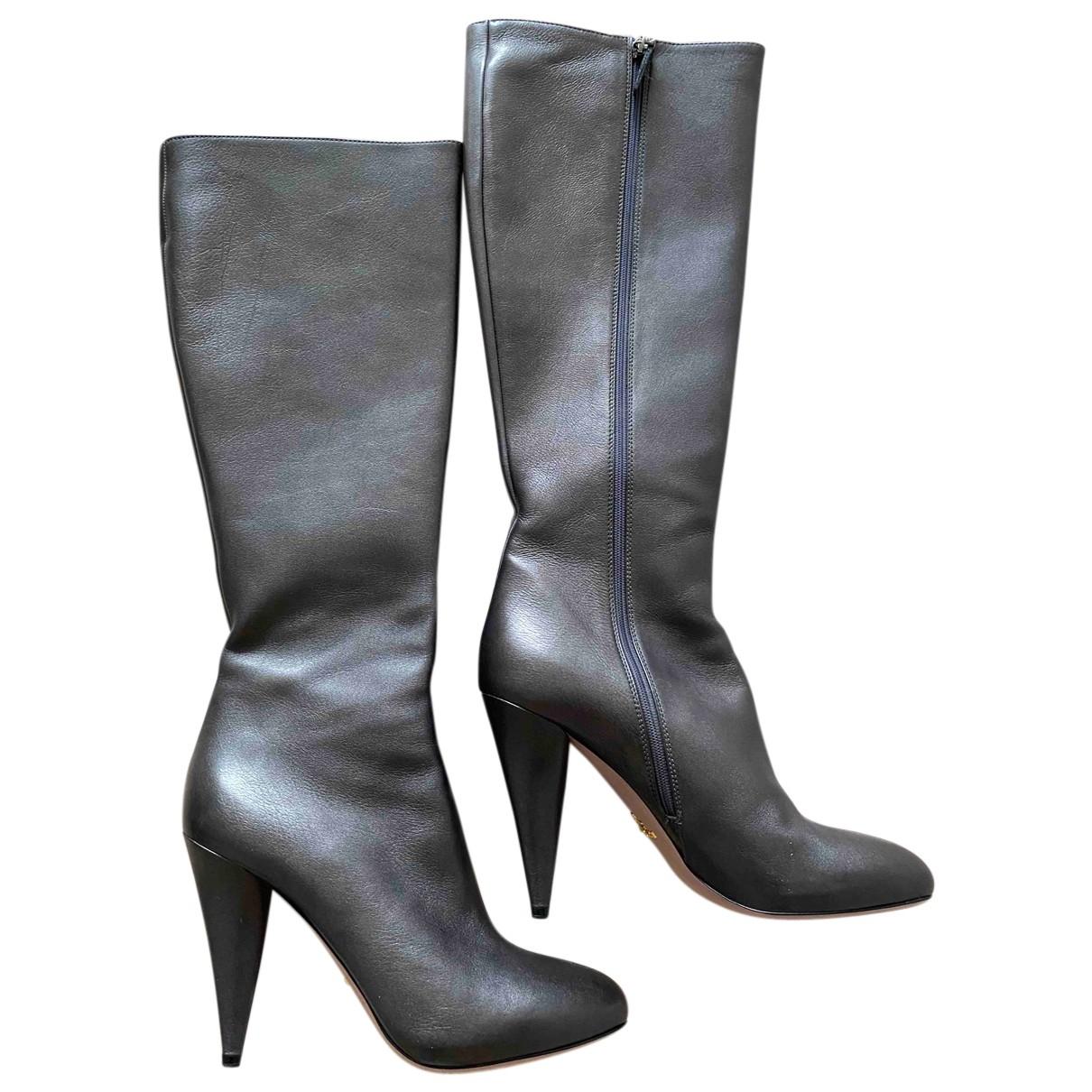 Prada \N Stiefel in  Grau Leder
