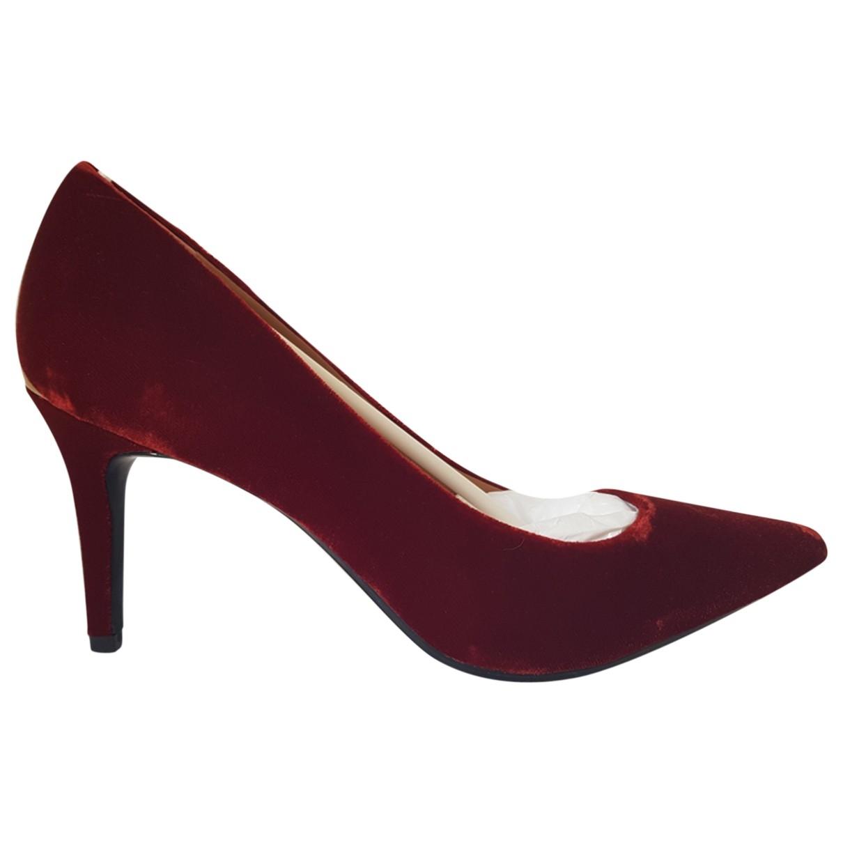 Calvin Klein - Escarpins   pour femme en velours - rouge