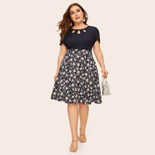 Plus Keyhole Neckline Ditsy Floral Print Combo Dress
