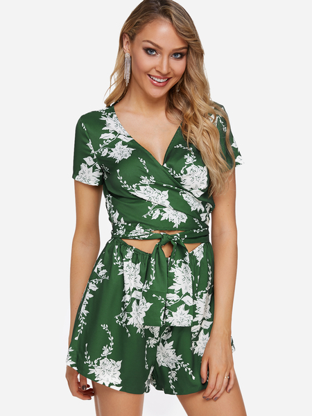 Yoins Green Crossed Front Design Random Floral Print V-neck Playsuit