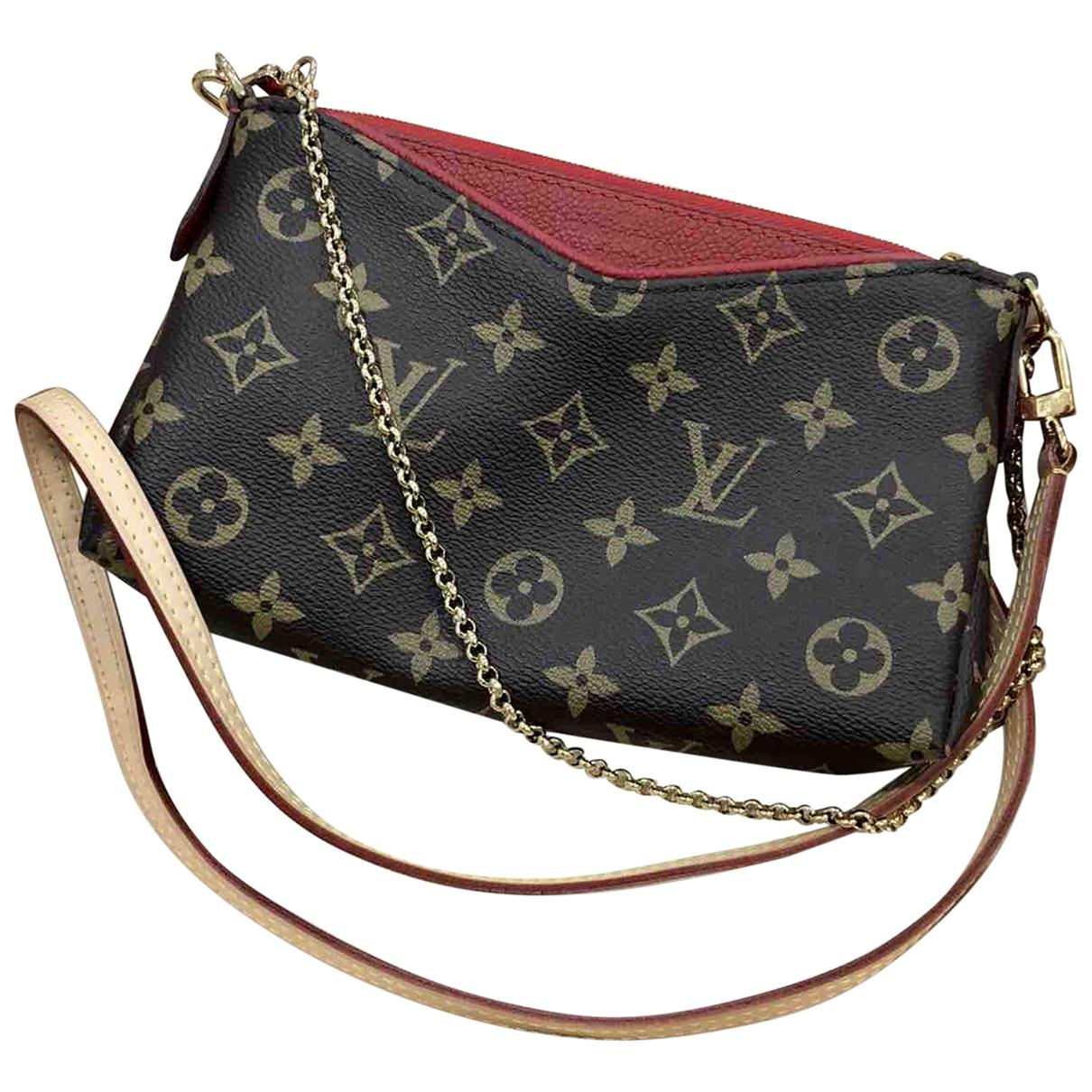 Louis Vuitton - Pochette Pallas pour femme en toile - marron