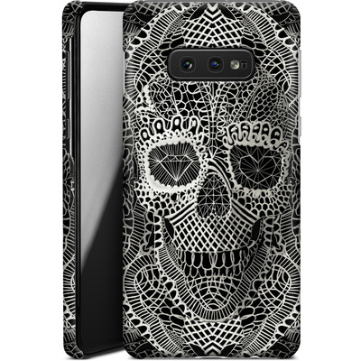 Samsung Galaxy S10e Smartphone Huelle - Lace Skull von Ali Gulec