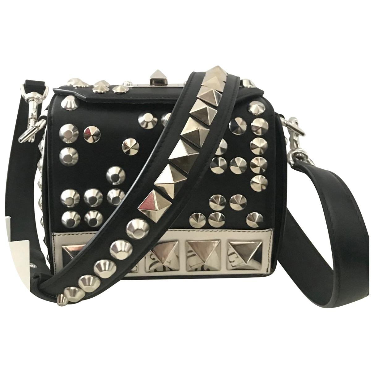 Alexander Mcqueen Box 16 Black Leather handbag for Women \N