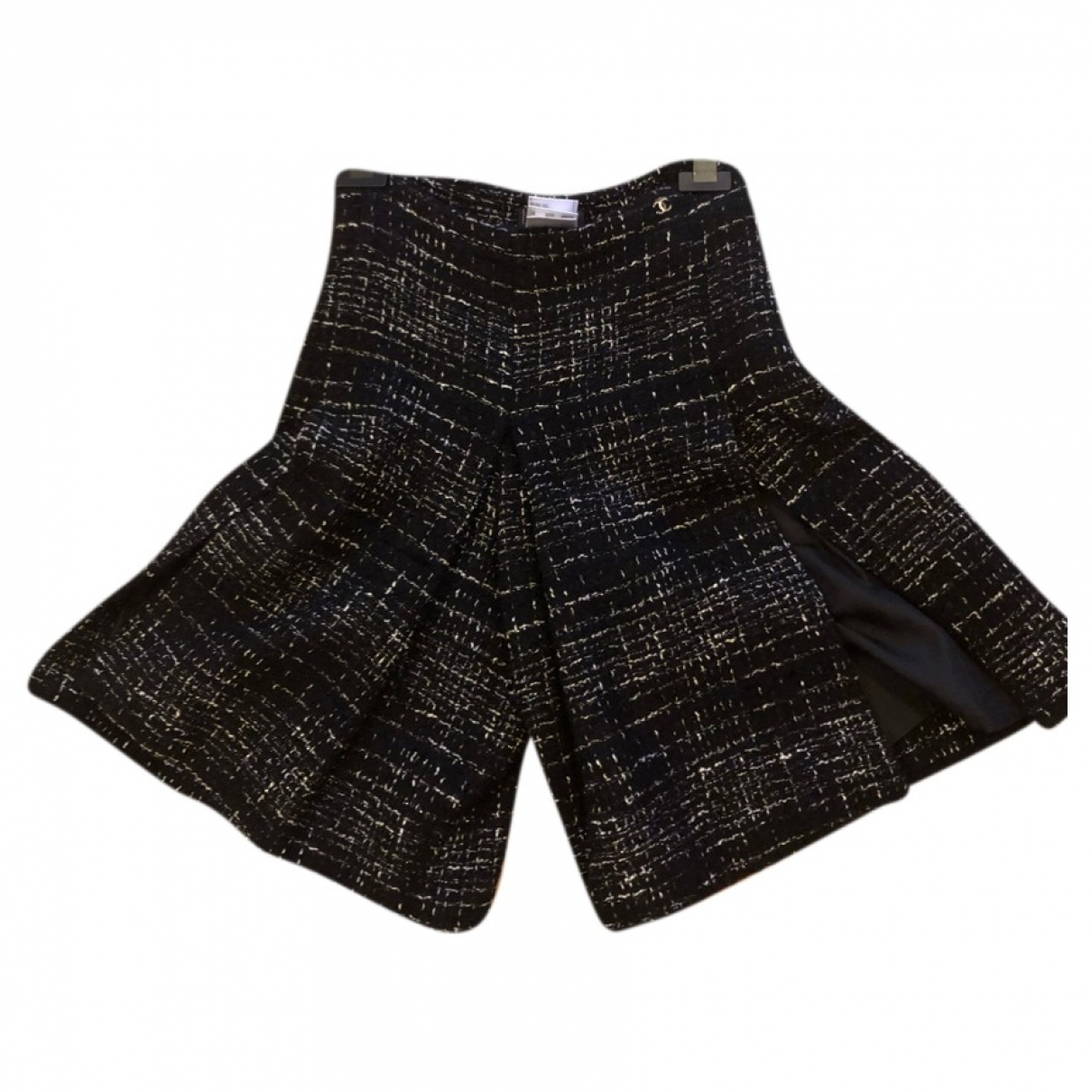 Chanel \N Tweed Shorts for Women 36 IT