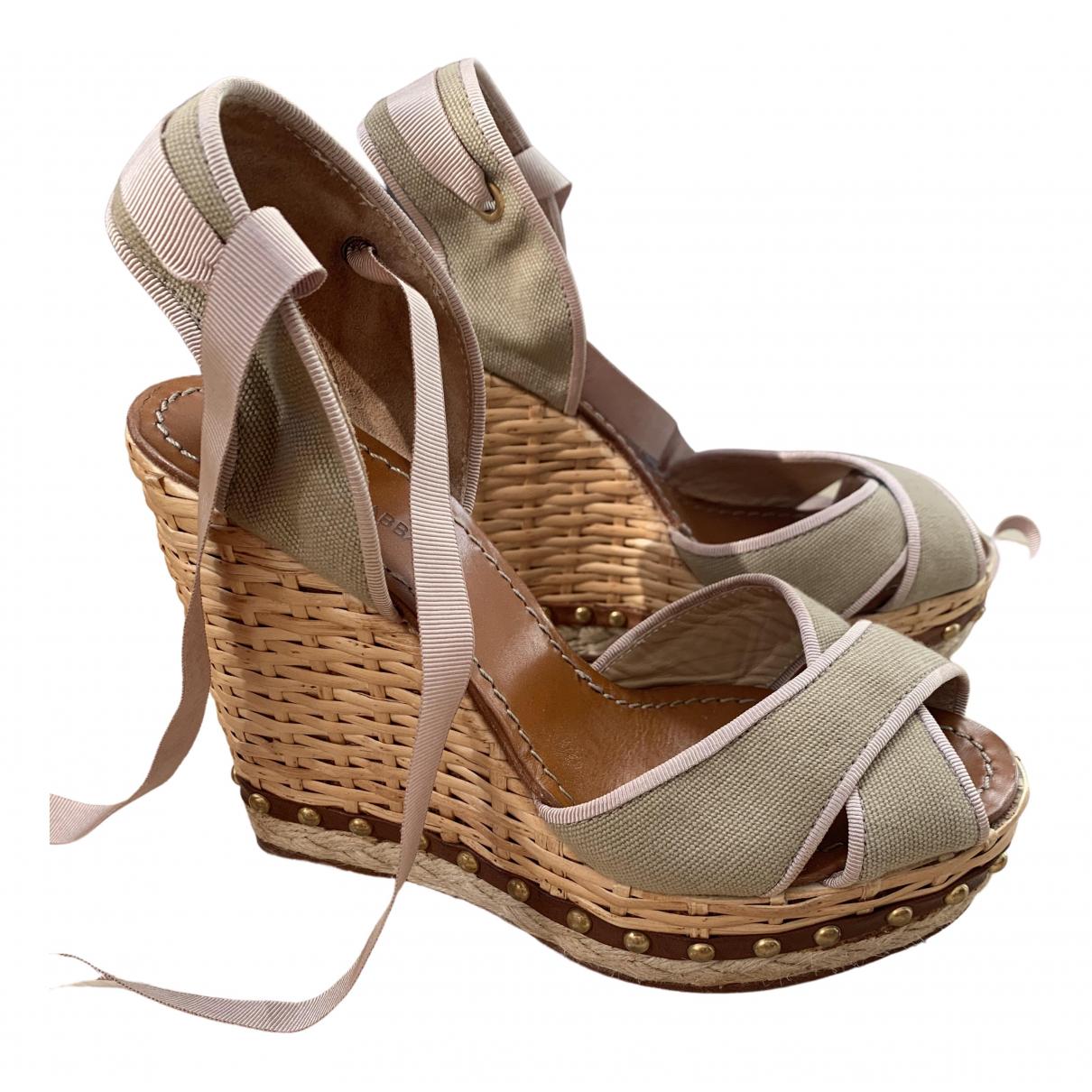 Dolce & Gabbana \N Beige Cloth Sandals for Women 38 EU