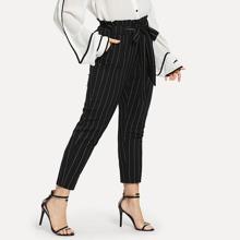 Pantalones de raya diplomatica y lazo en la cintura