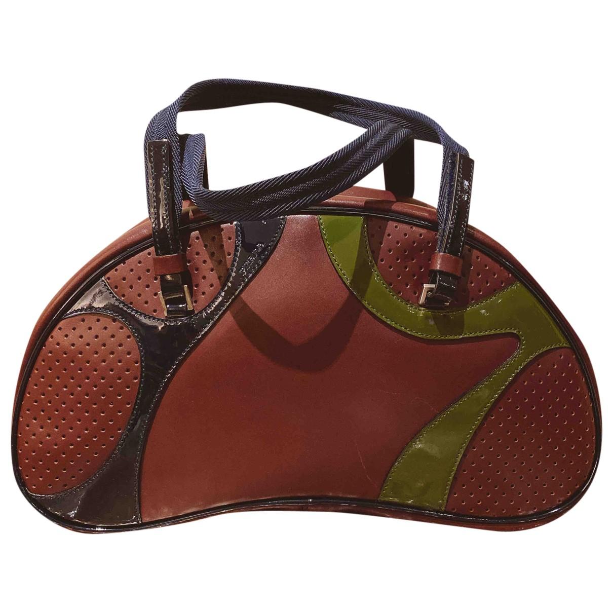 Prada Bowling Handtasche in  Bordeauxrot Leder