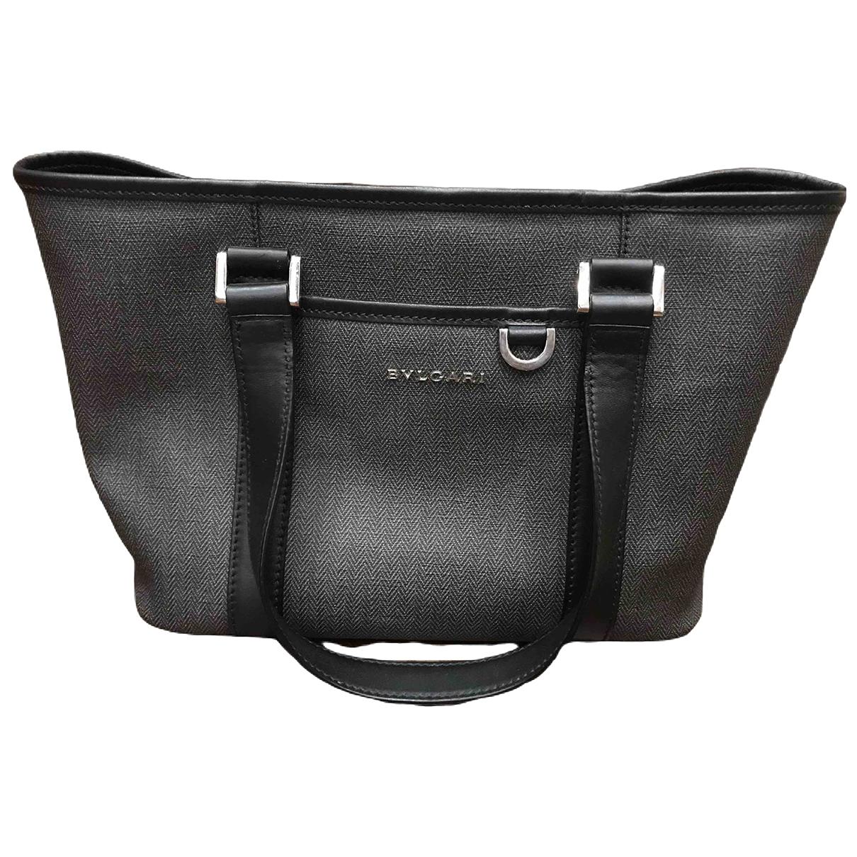 Bvlgari \N Handtasche in  Grau Leinen