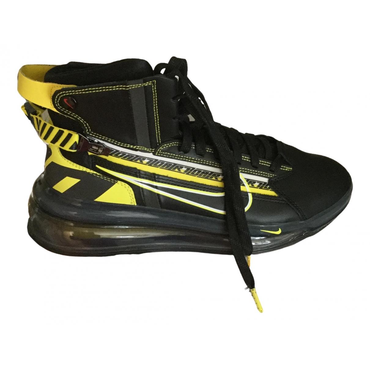 Nike Air Max 720 Sneakers in  Schwarz Leder