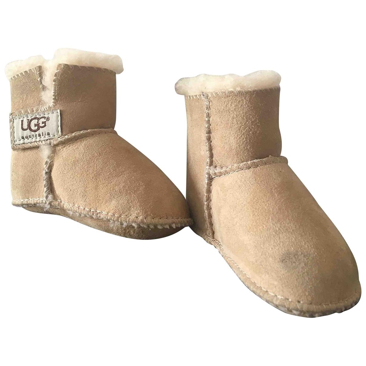 Ugg - Bottes.Bottines   pour enfant en suede - beige