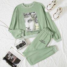 Sweatshirt mit Figur & Buchstaben Grafik und sehr tief angesetzter Schulterpartie & Hose Set