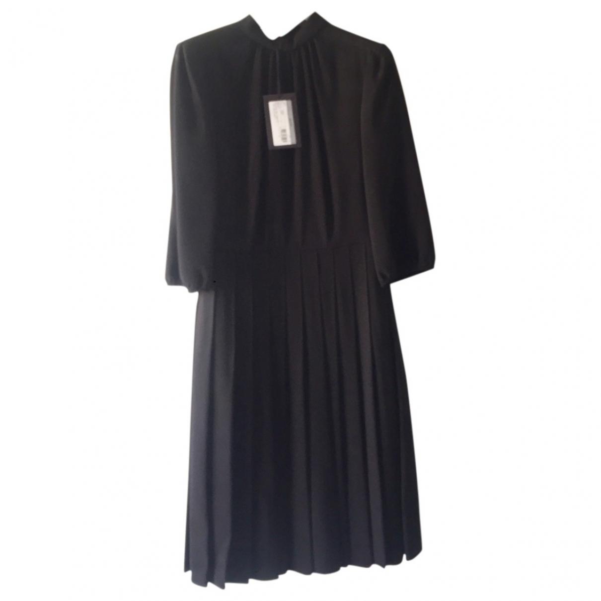 Vestido midi de Lana Prada