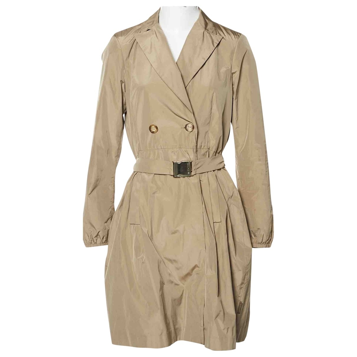 Moncler Classic Maentel in  Beige Polyester