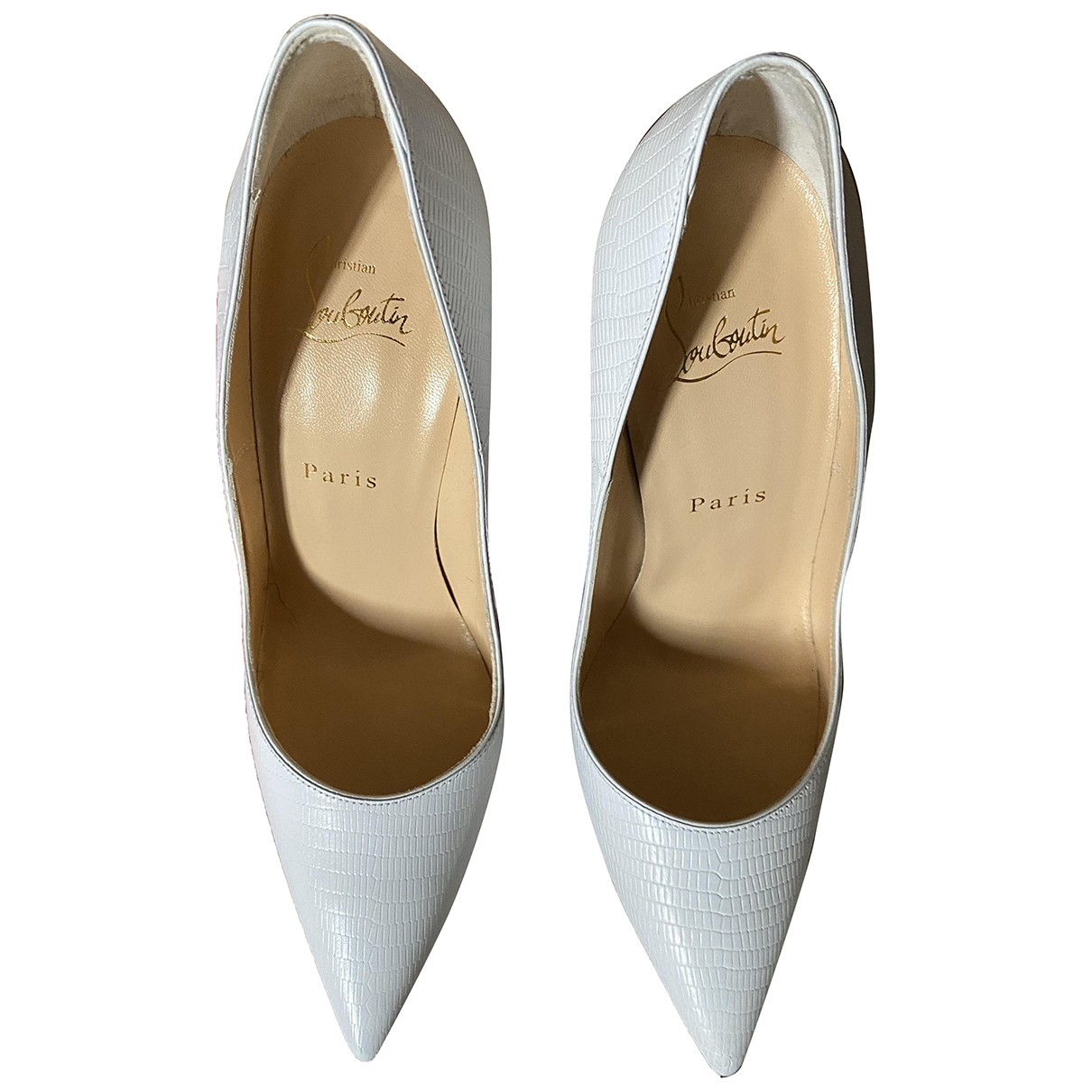 Christian Louboutin So Kate  Pumps in  Weiss Leder