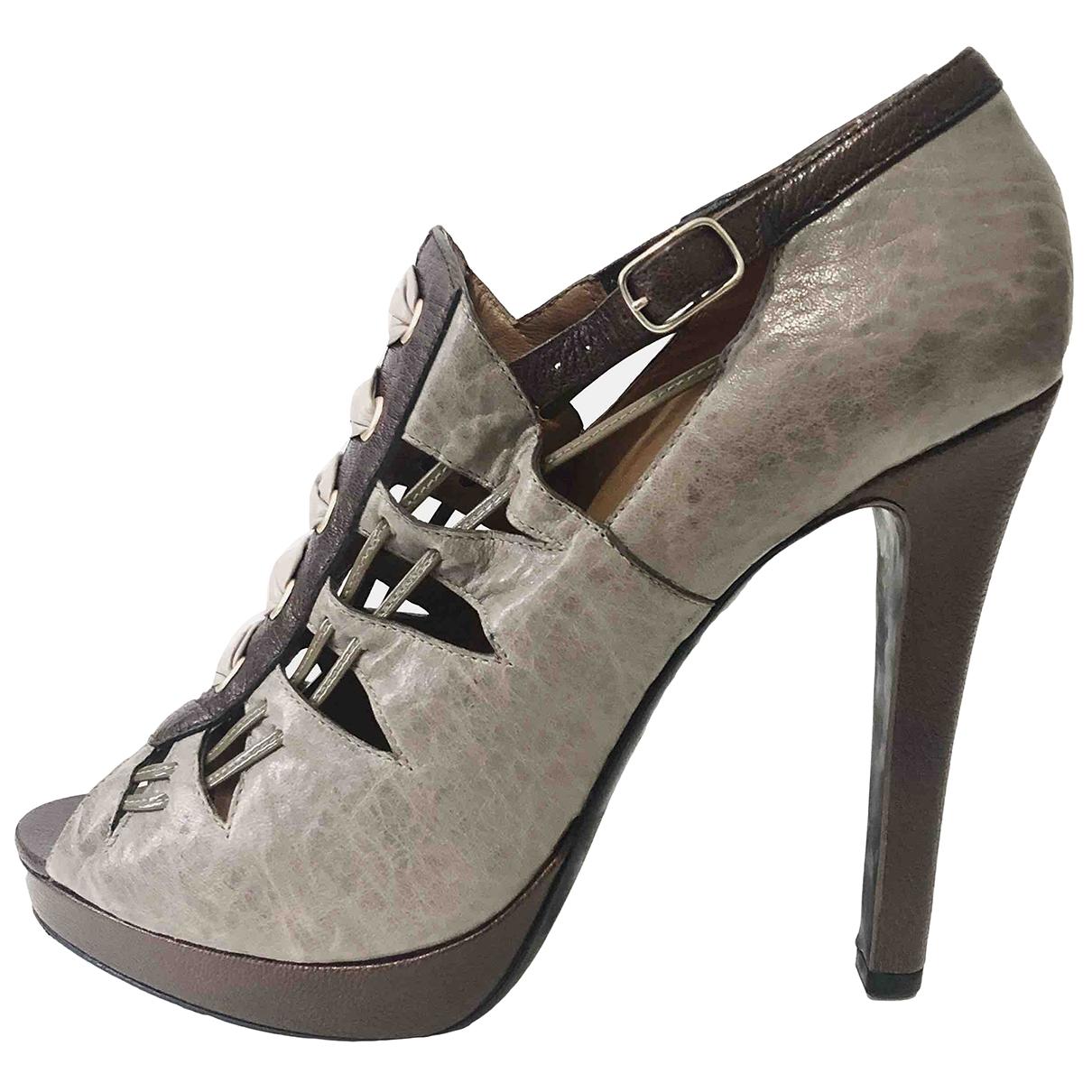 Givenchy - Boots   pour femme en cuir - gris