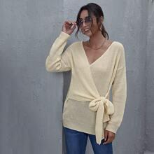 Pullover mit sehr tief angesetzter Schulterpartie, Wickel Design und seitlichem Band