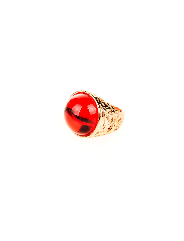 Kostuemzubehor Ring mit rotem Stein