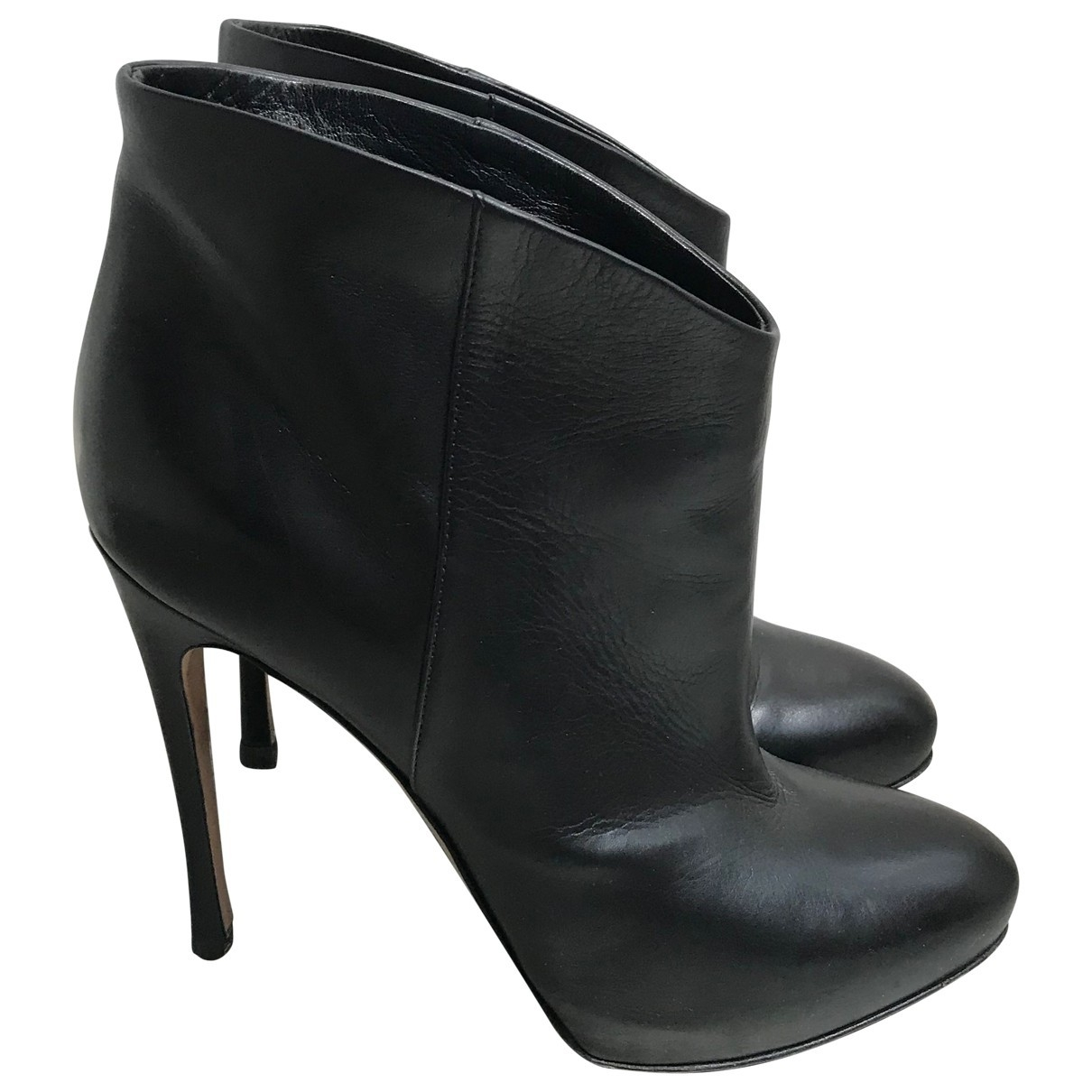 Gianvito Rossi \N Black Leather Ankle boots for Women 37.5 EU