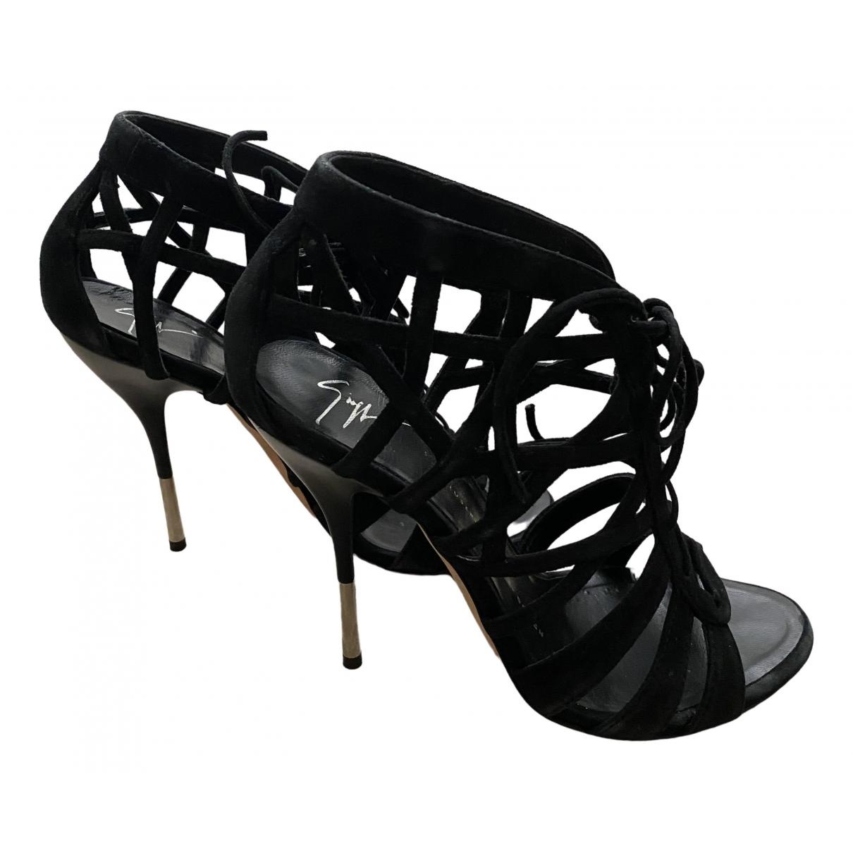 Giuseppe Zanotti \N Black Suede Sandals for Women 37 IT