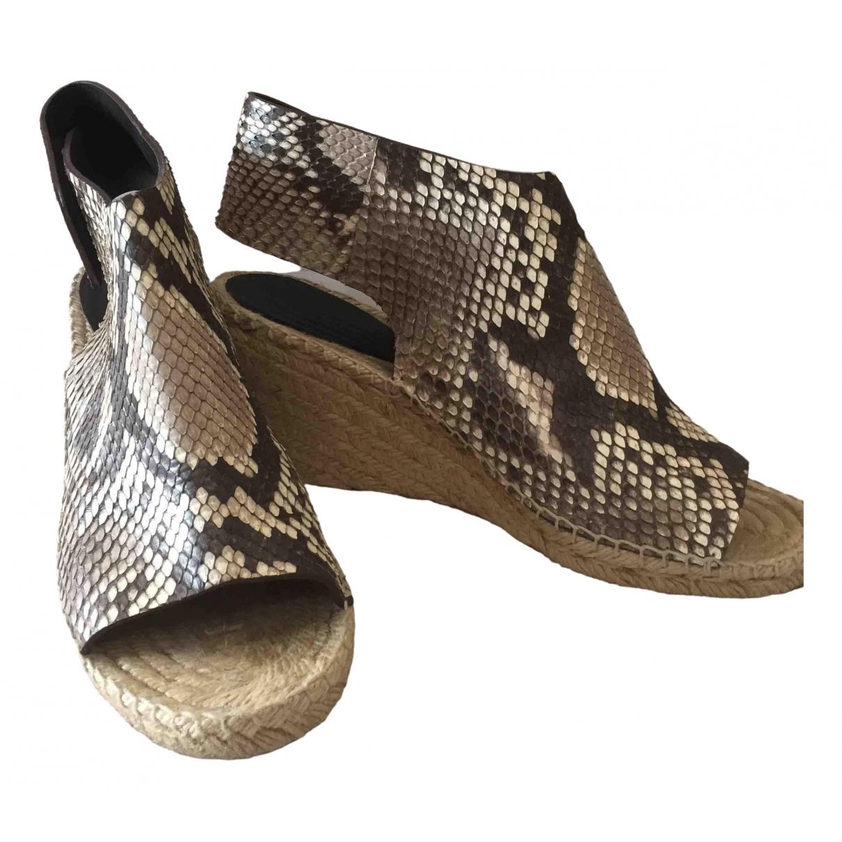 Celine - Sandales   pour femme en python - marron