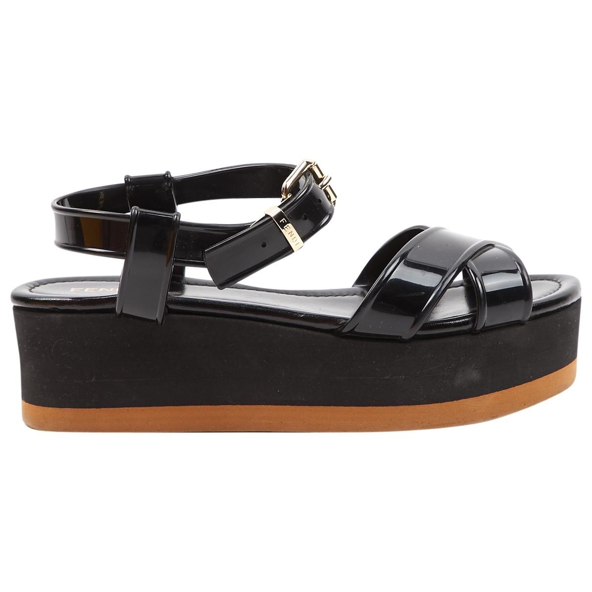 Fendi - Sandales   pour femme en caoutchouc - noir