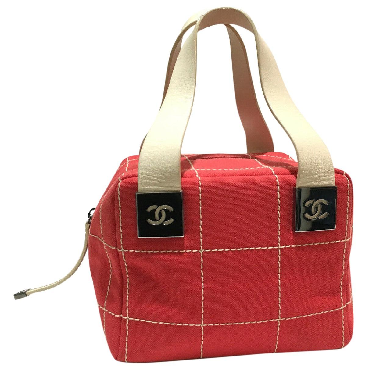 Chanel \N Handtasche in  Rot Leinen