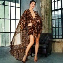 Jumpsuit mit Leopard Muster und V Ausschnitt