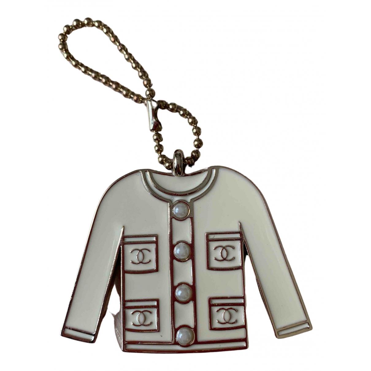 Chanel N Ecru Metal Bag charms for Women N