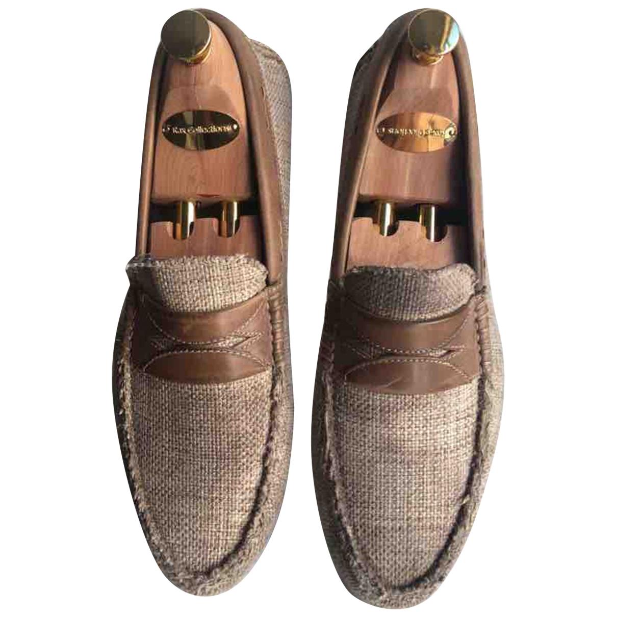 Dolce & Gabbana \N Beige Cloth Flats for Men 39 EU