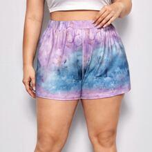 Sportliche Shorts mit Batik